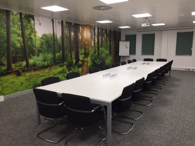 https://lilyhillhouse.com/wp-content/uploads/2021/01/The-Court-meeting-room.jpg